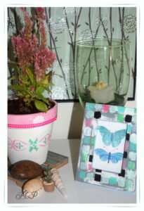 Διακόσμηση με πήλινα γλαστράκια και ξύλινες κορνίζες,(DIY)!